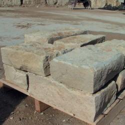 Stufen- und Abdeckplatten, roh gespalten