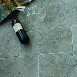 Sockelleisten, Dietfurter Kalkstein, Line Castellina
